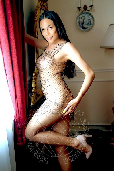 Linda Thai  TRIESTE 389 5085672